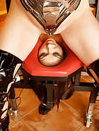 Facesitting chair