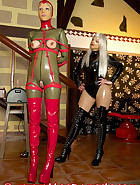 Open latex catsuit, pic 11