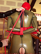 Open latex catsuit, pic 8
