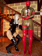 Open latex catsuit, pic 10