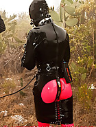 Full day in rubber, pic 2